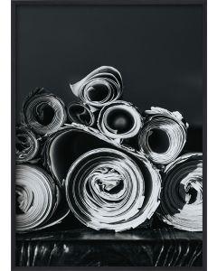 Poster 50x70 B&W Paper Rolls (Planpackad)